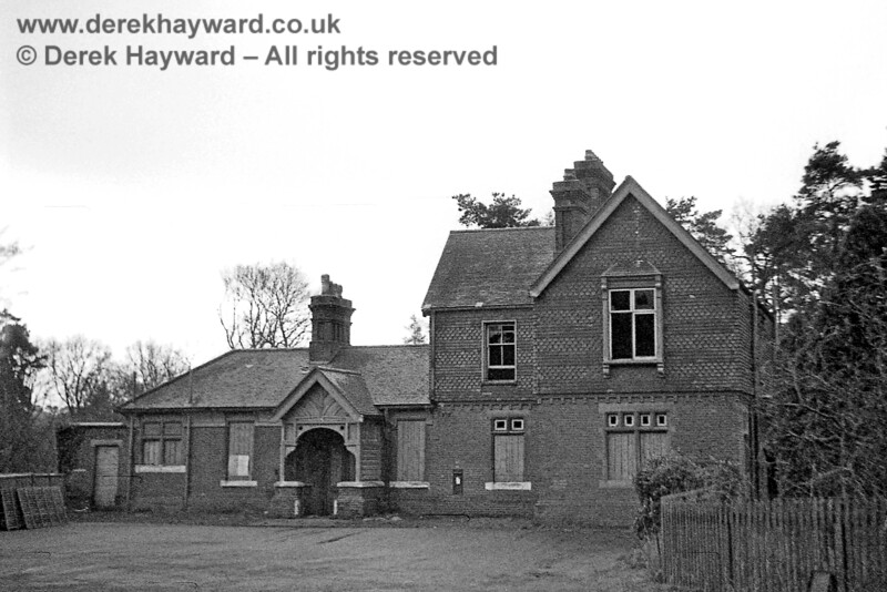 Newick & Chailey Station captured on 12 April 1965 in some lovely images taken by John Attfield.  John retains all rights to these images but has kindly allowed me to use them on my site.  A second view of the station forecourt and public frontage.