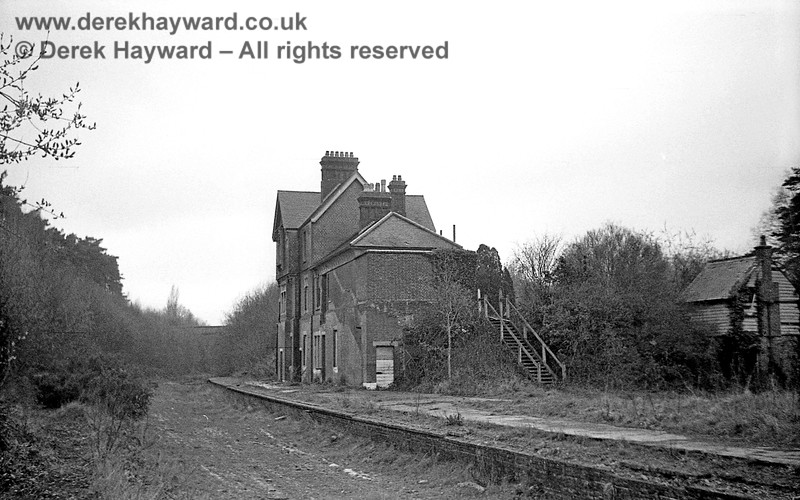 Newick & Chailey Station captured on 12 April 1965 in some lovely images taken by John Attfield.  John retains all rights to these images but has kindly allowed me to use them on my site.  A second view looking north towards the three arch bridge where the main road crossed the railway.