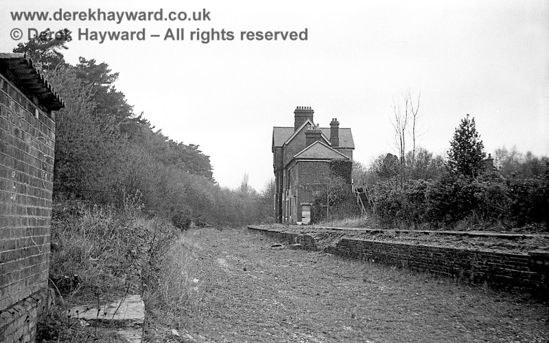 Newick & Chailey Station captured on 12 April 1965 in some lovely images taken by John Attfield.  John retains all rights to these images but has kindly allowed me to use them on my site.  This view looks north towards the three arch bridge where the main road crossed the railway.