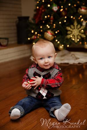 Lewis Christmas Mini