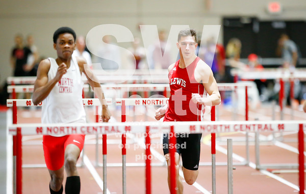2.11.2017 - Lewis Men's Track at Chicagoland Meet