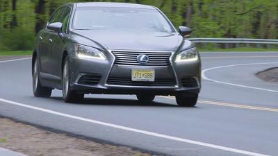 2016 Lexus LS600h L Reel