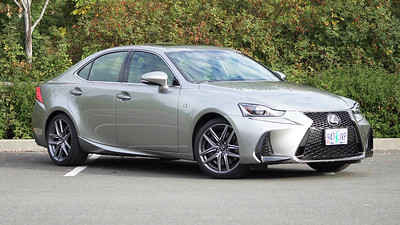 2017 Lexus IS350 F Sport Parked Reel