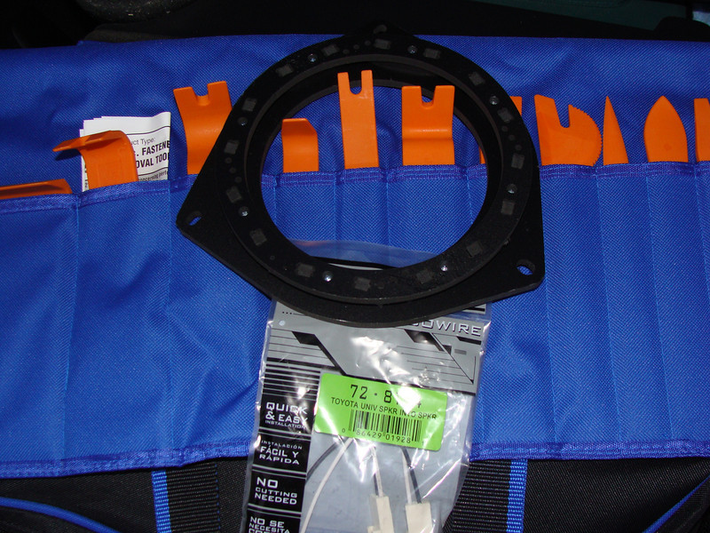 """Wiring harness, dash & trim upholstery tool kit, and speaker adapter   from  <a href=""""http://www.car-speaker-adapters.com/items.php?id=SAK036""""> Car-Speaker-Adapters.com</a>"""