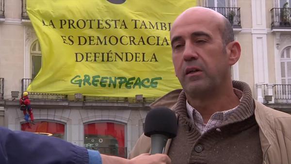 """Acción: """"La protesta también es democracia. Defiéndela"""""""