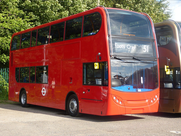 10164 [Stagecoach London] 130811 Leyland