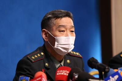 2021 оны гуравдугаар сарын 31. Хугацаат цэргийн алба хаагч харамсалтайгаар амь насаа алдсантай холбогдуулан Зэвсэгт хүчний жанжин штабын удирдлагууд мэдээлэл хийлээ. ГЭРЭЛ ЗУРГИЙГ Г.САНЖААНОРОВ/MPA