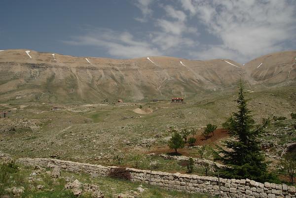 Widok na otaczjące gory
