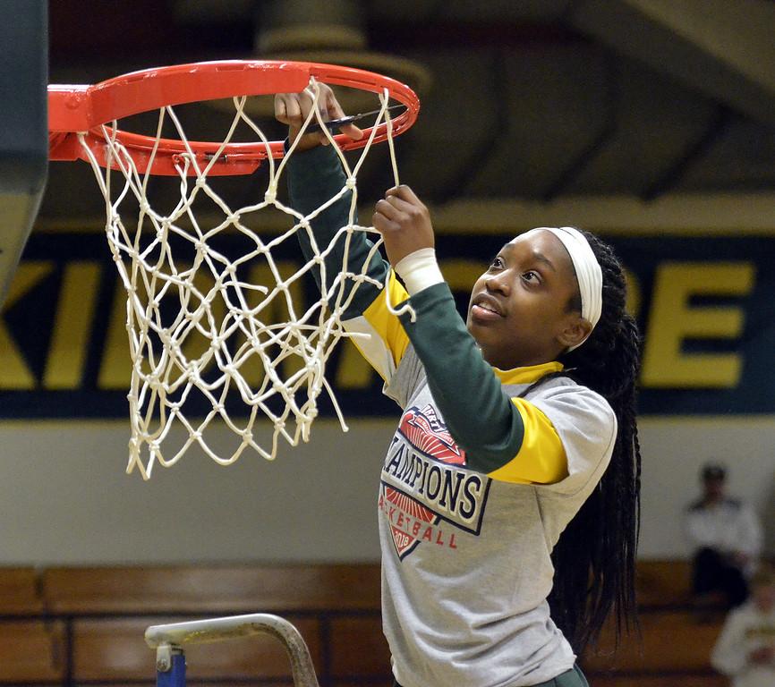 . STAAN HUDY - SHUDY@DIGITALFIRSTMEDIA.COMKayla Mitchell cuts down part of the net after the Liberty League women\'s basketball tournament final Sunday Feb. 25, 2018.