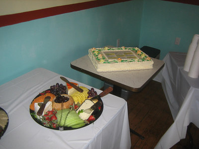 Kathleen brought a beautiful cake from a Brattleboro baker.