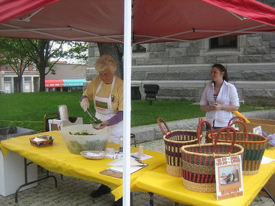 On May 16, the free food (sponsored by the Mayor) was a delicious salad with almonds, cranberries and goat cheese.