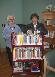 PlaneTree volunteers Joan and Joan run the Bookcart outreach program on Tuesday afternoons at Good Samaritan Hospital (about a mile away from PlaneTree Health Library). They deliver books to patients on three floors of the hospital. Another volunteer does different areas on Thursdays.