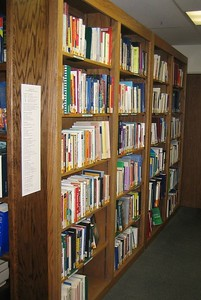 Books are arranged according to the PlaneTree Classification System, which groups information into  basic categories:  promoting health/preventing disease,mental health/ illness/ substance use, therapies/treatments, body systems and diseases, life processes, health care consumerism, health care field, and animal health.