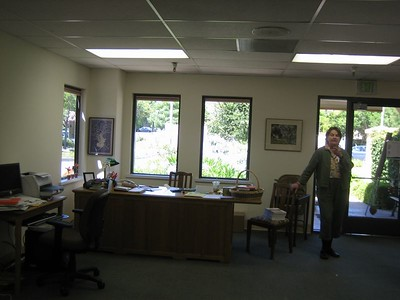 front area (circulation desk) of PlaneTree Health Library