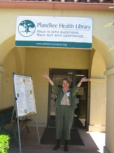 Welcome! Librarian Candace Ford, Director of PlaneTree Health Library.
