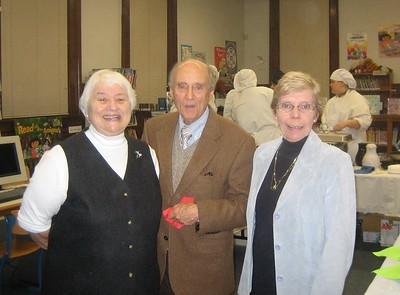 Friends of Library Cocktail Party Nov. 2008. Lois and Tom Schwab with Ellen Moriarty