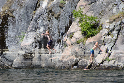 Cliff jumping, Christina Lake