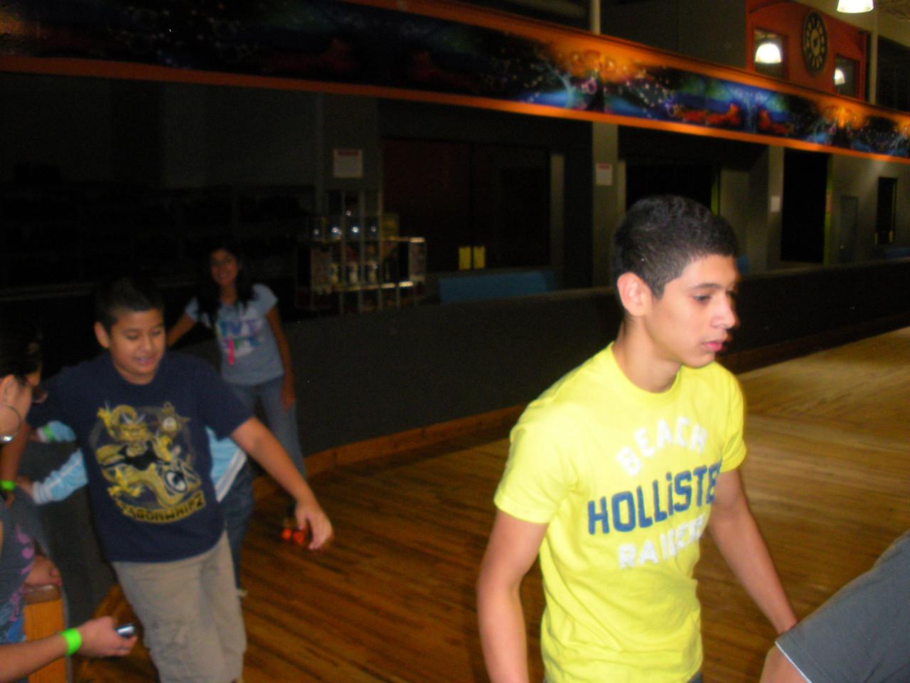 Teens 2010 SRP skating party at Fantasy Skate.