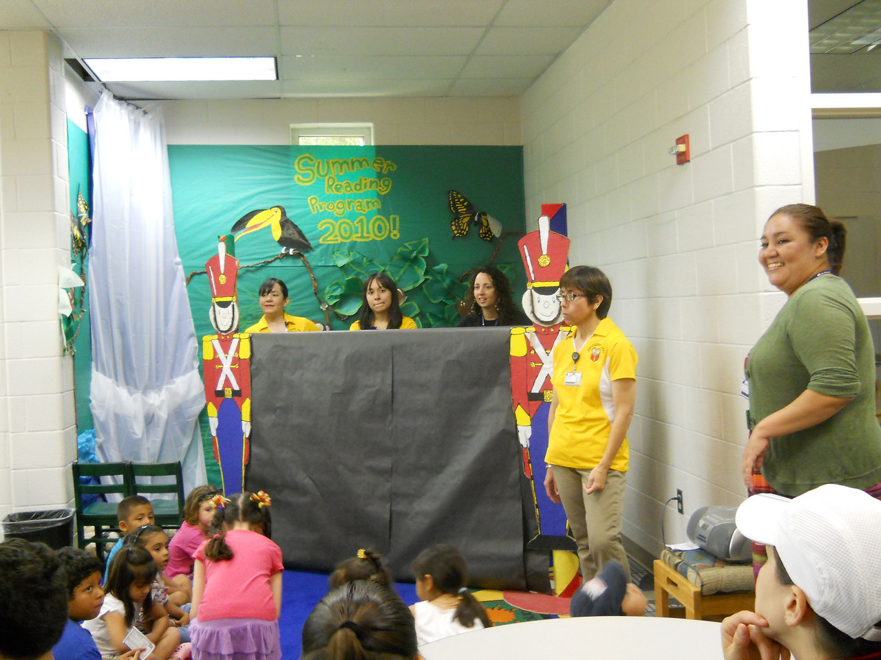 Puppet show at Palm View Branch Library.