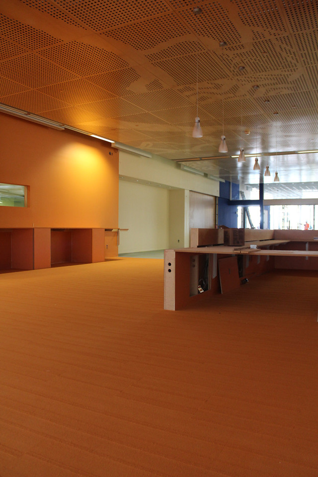 loan desk area, facing the entrance to the library part of the building
