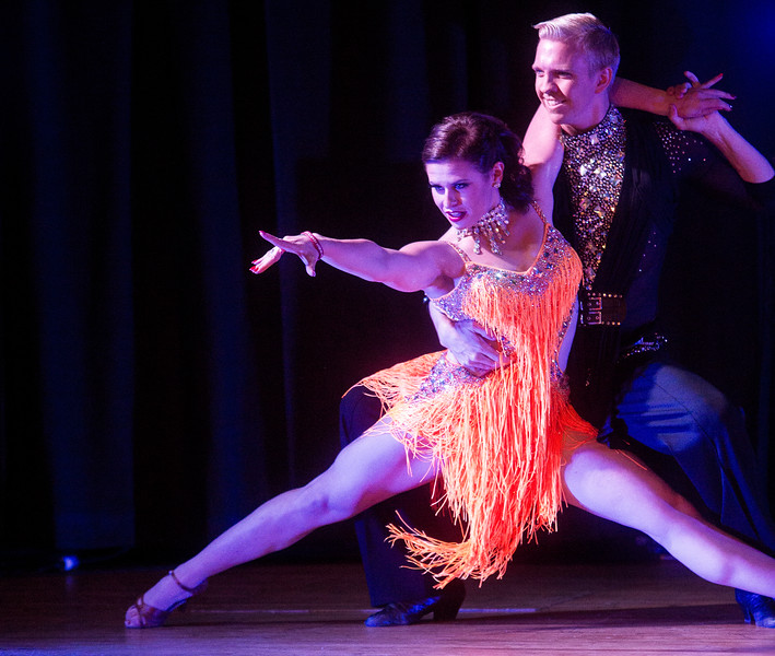 Jessica Mancini and David Moon drop low during a dance at Stargazers Theater on Sunday, Oct. 8, 2017.<br /> <br /> (The Gazette, Nadav Soroker)