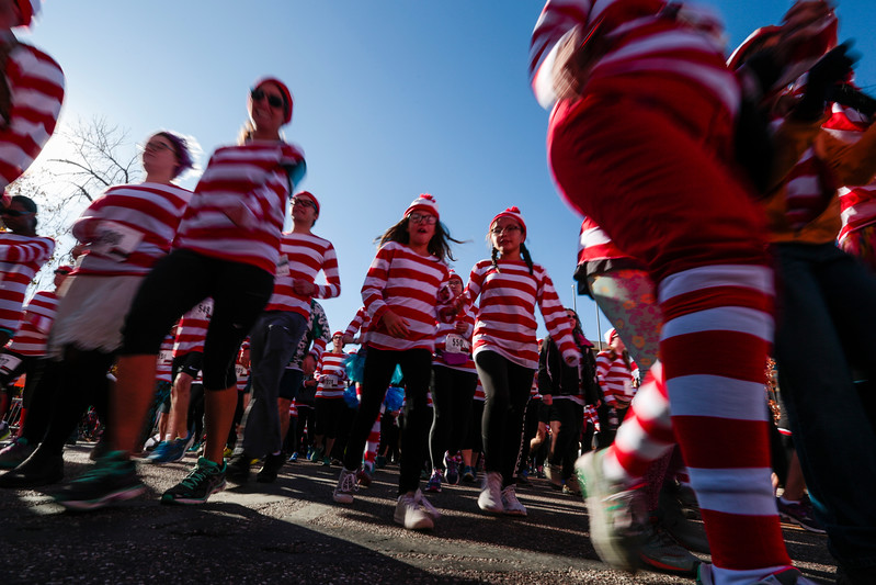 Runners take off from the starting line at the Waldo Waldo 5k on Saturday, Oct. 21, 2017.<br /> <br /> <br /> (The Gazette, Nadav Soroker)