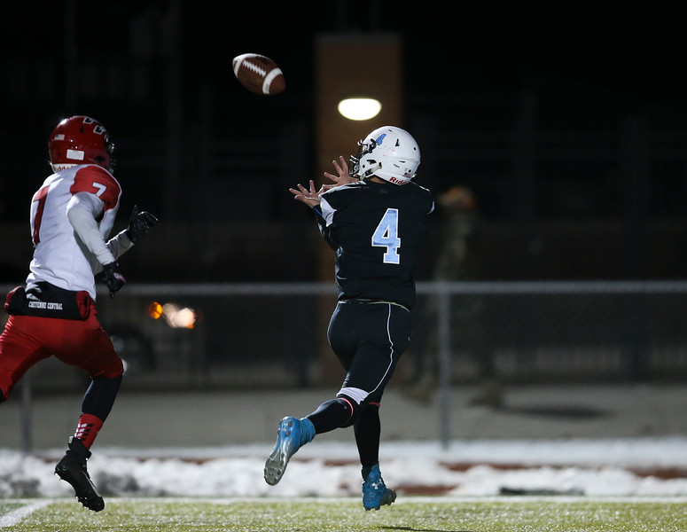 Cheyenne East wide receiver Chance Aumiller (4) hauls in a touchdown pass Friday, October 11, 2019 at Cheyenne East High School. The Cheyenne East High School Thunderbirds defeated the Cheyenne Central High School Indians 24-21. Nadav Soroker/Wyoming Tribune Eagle