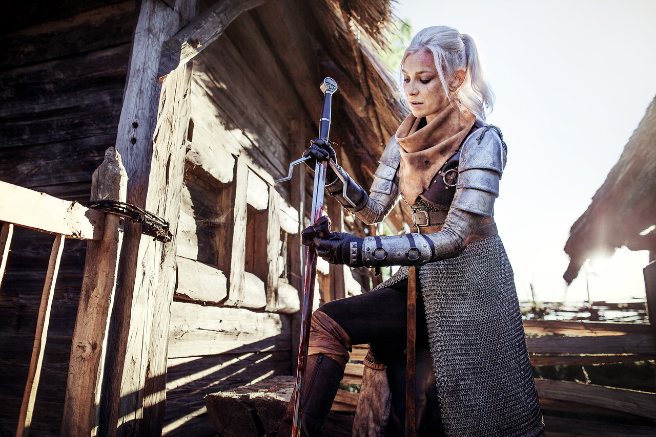 //www.lifestalking.com/Lide/Witcher-Cosplay/