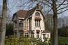 """Villa """"Les Sorbiers""""<br /> <br /> Construite en 1903, par l'architecte Fernand Symons<br /> <br /> Sgraffites par Gabriel van Dievoet"""