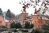 """Le château de Rixensart et sa tour-porche<br /> <br /> Plus d'info sur : <a href=""""http://stephaneherens.com/lieux/rixensart/rixensart.html"""">http://stephaneherens.com/lieux/rixensart/rixensart.html</a>"""