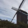 Le moulin Lootvoet de Houtem-Veurne (1773) démonté en 1951-52 pour être reconstruit à Koksijde, fut inauguré en 1954. Restauré entièrement en 1984.