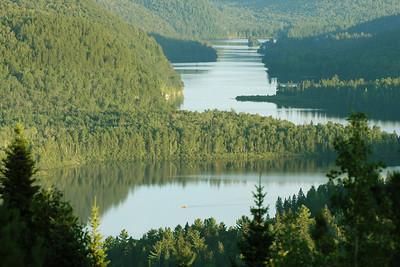 Canoteur sur le lac Wapizagonke
