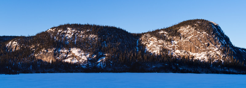 Lac à l'Écluse & Pic des Aigles