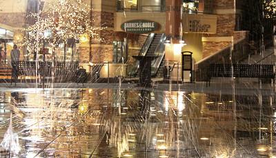 waterfalls in Salt lake city Gateway mall.