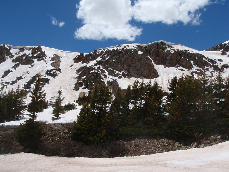 Large cornices on the ridgeline above. Weather was sunny all day. A really good start to summer.