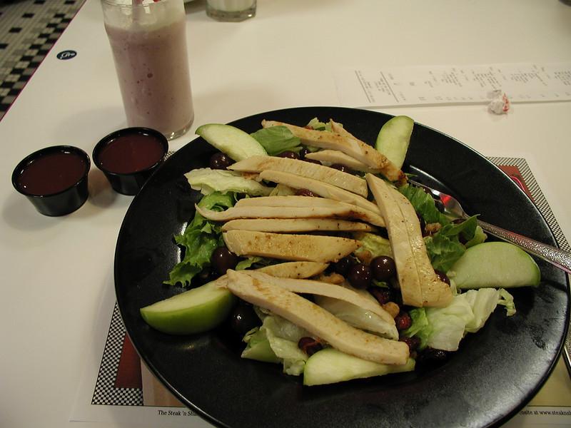 Apple and grilled chicken salad. Steak 'n Shake, Lithonia, Georgia. 7/2