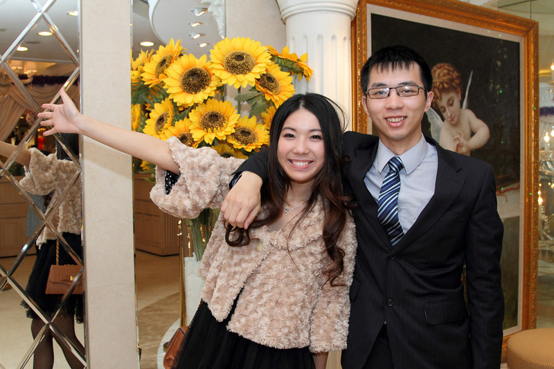 Cheung and Nicole_26-12-10_0745