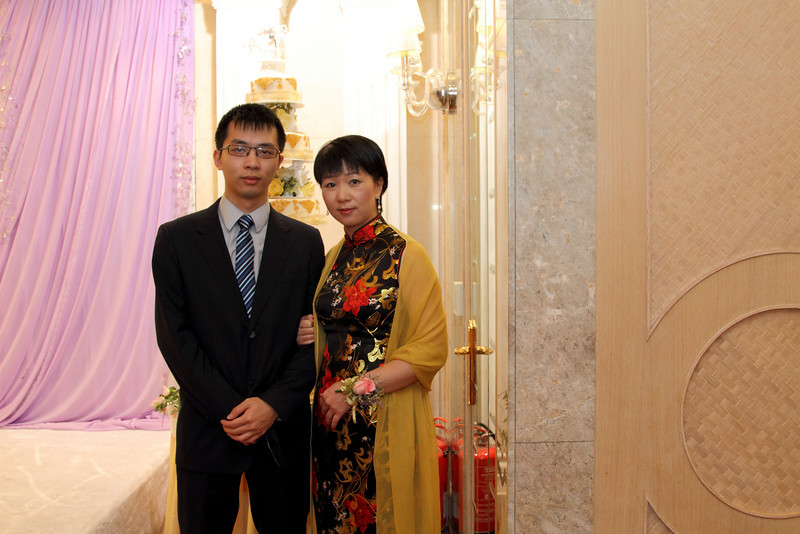 Cheung and Nicole_26-12-10_0611