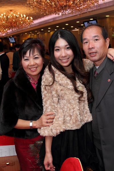 Cheung and Nicole_26-12-10_1053