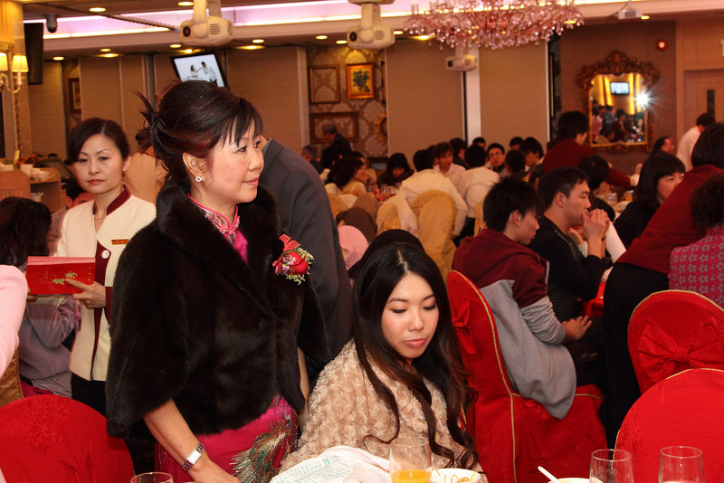 Cheung and Nicole_26-12-10_1045