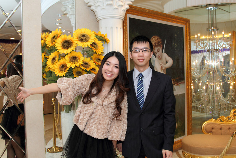 Cheung and Nicole_26-12-10_0746