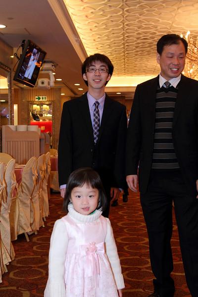 Cheung and Nicole_26-12-10_0545