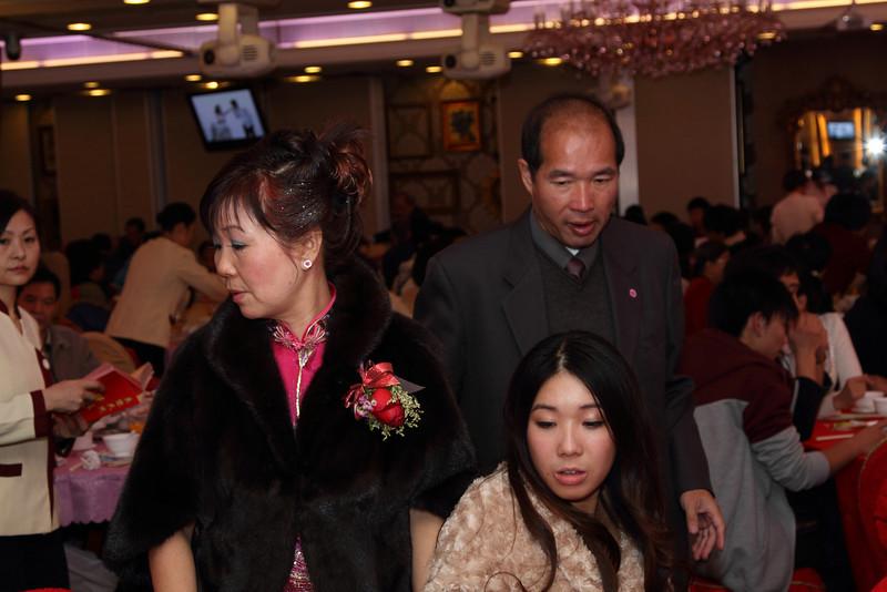 Cheung and Nicole_26-12-10_1043