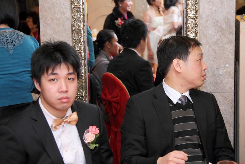 Cheung and Nicole_26-12-10_0809