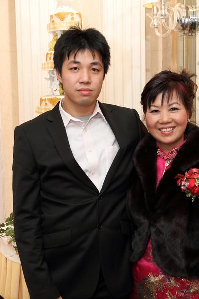 Cheung and Nicole_26-12-10_1120