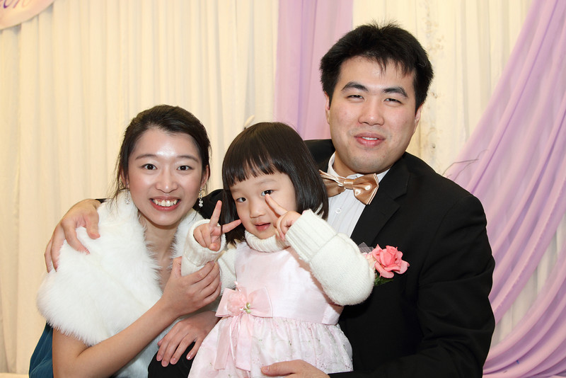 Cheung and Nicole_26-12-10_1098