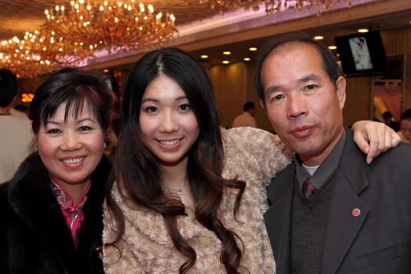 Cheung and Nicole_26-12-10_1048