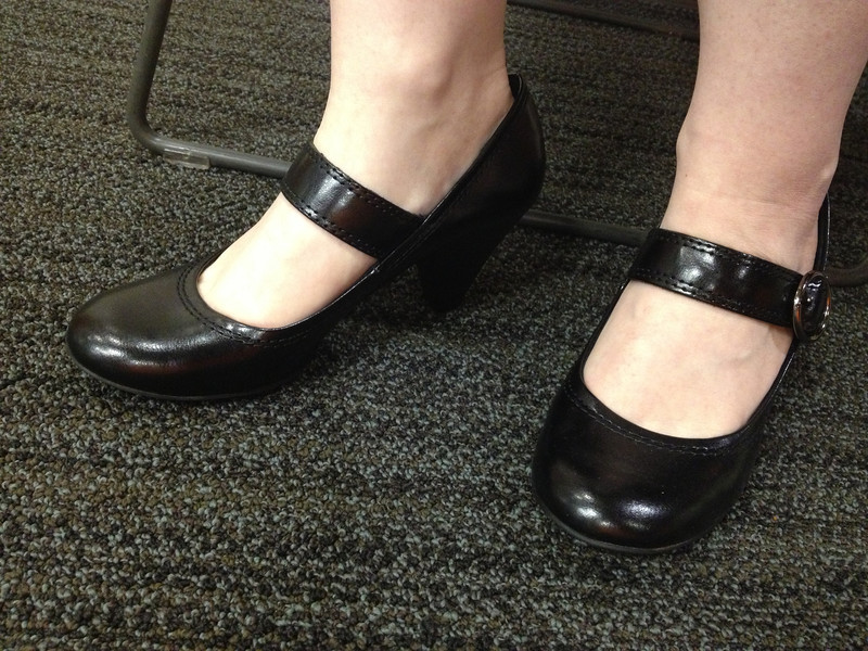 New heeled Mary Janes at work, 10/01/2012