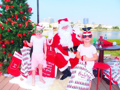 Santa visits Reform