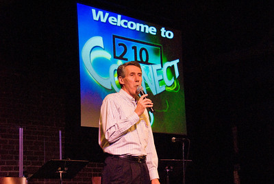 "210 Connect 4/14/2008   Forum topic: ""Pathways to Our Future"" - an opening dialog to envision a better future for Visalia. Pastor Rich Hansen welcoming participants to 210 Connect forum."
